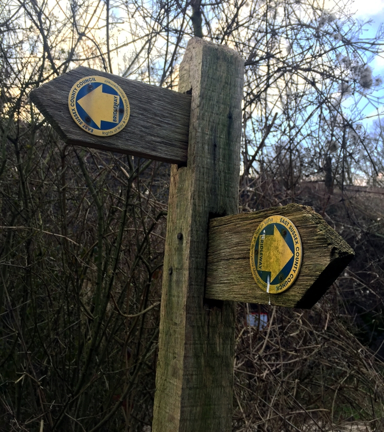 sussex-county-footpath-sign