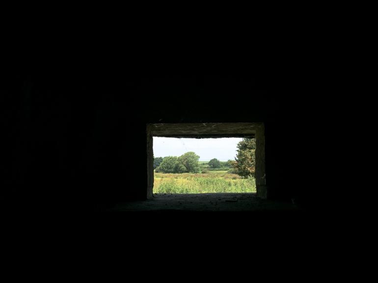 Hamsey-walk-WWII-bunker-inside