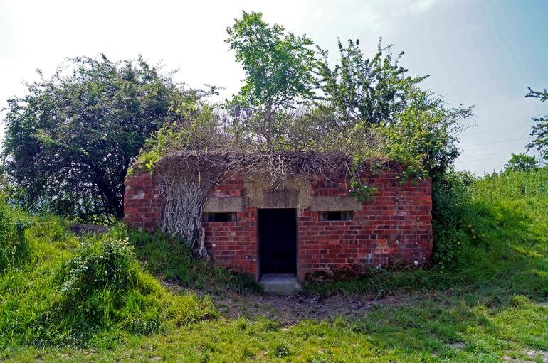 Hamsey-Walk-WWII-Bunker